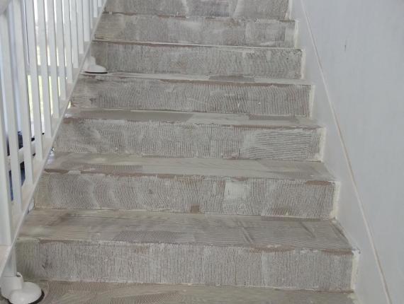 Escalier avant notre intervention